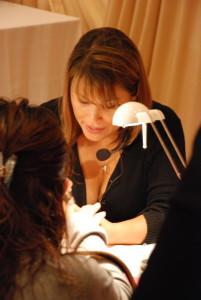 Manicure biologiczny i mechaniczny;